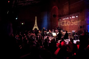 The next concert in the festival was a CLoSer special, where the Village Underground was transformed in a 1920's Parisian Café.