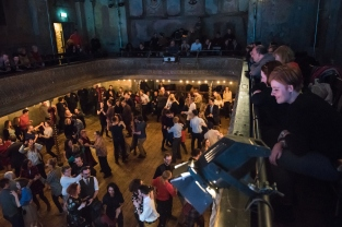 CLoSer: The Devil's Violin and Burns Night Ceilidh. Wilton's Music Hall. Wednesday 25 January 2017.