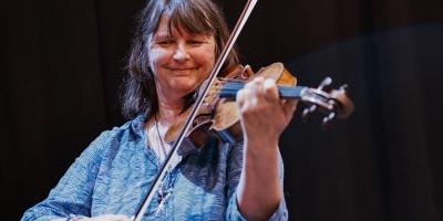 Katie Heller, viola