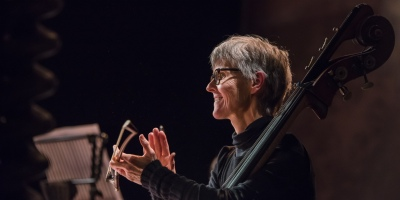 Lynda Houghton, double bass